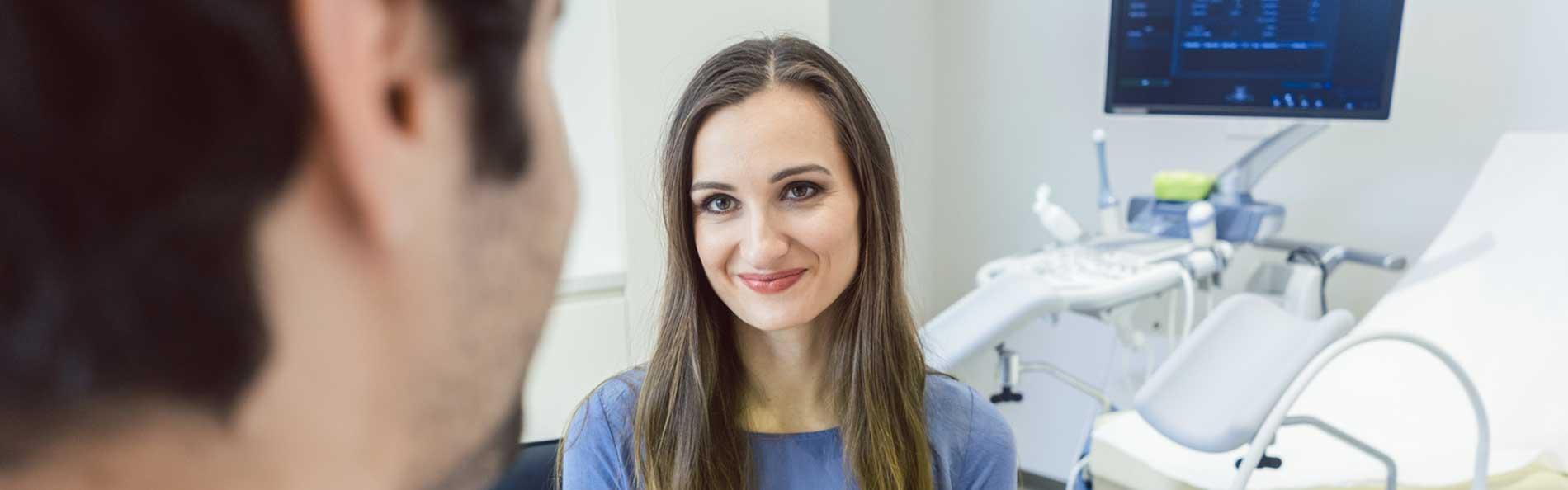 Frauenarzt Dr. Perperis, Mädchensprechstunde