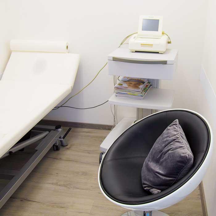 Behandlungszimmer in der Frauenarzt MUDr. Perperis